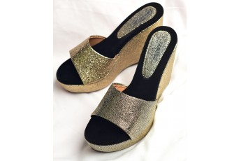 Party Scene Golden Shimmer Wedges