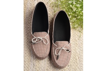 Daytime errands polka dot loafer