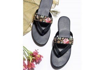 Ethnic lace detail flats (Black)