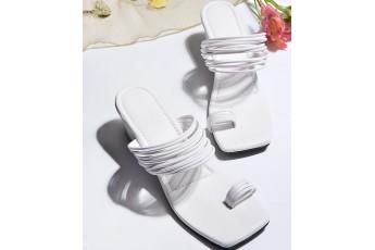 Here Is The Queen Heels