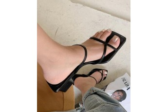 Be the buyer shoe 61830