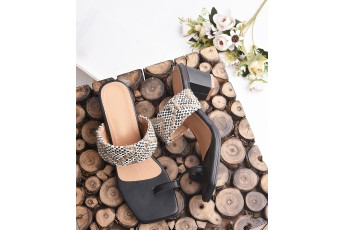 Plentiful jute detail slip on heels