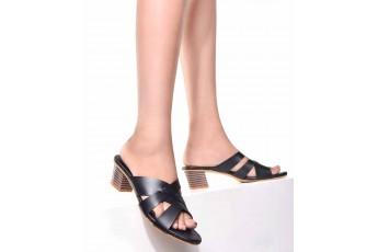 Black queen block heels