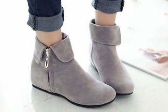 That Certain Boot Grey