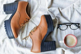Chunky Heel Oxfords With Laces Brown Boots
